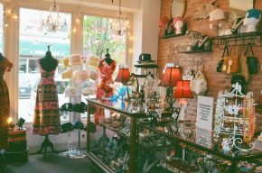 Laura's Vintage: Glen Falls, NY